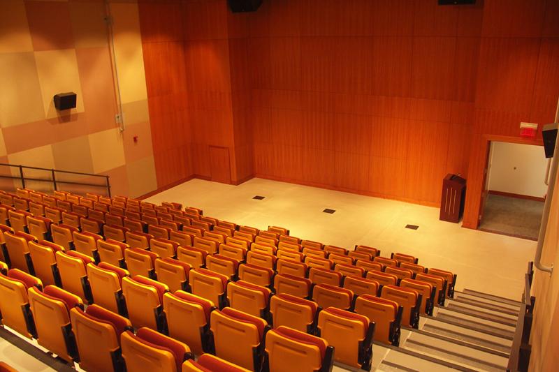 Auditorium PICT0147